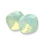 4470 Swarovski Fancy Stone Chrysolite Opal (294)